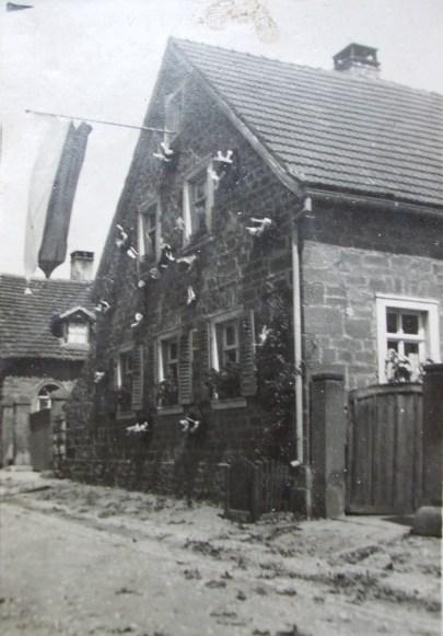 1935 - vorn Haus Dirschbacher, hinten Haus Zehe